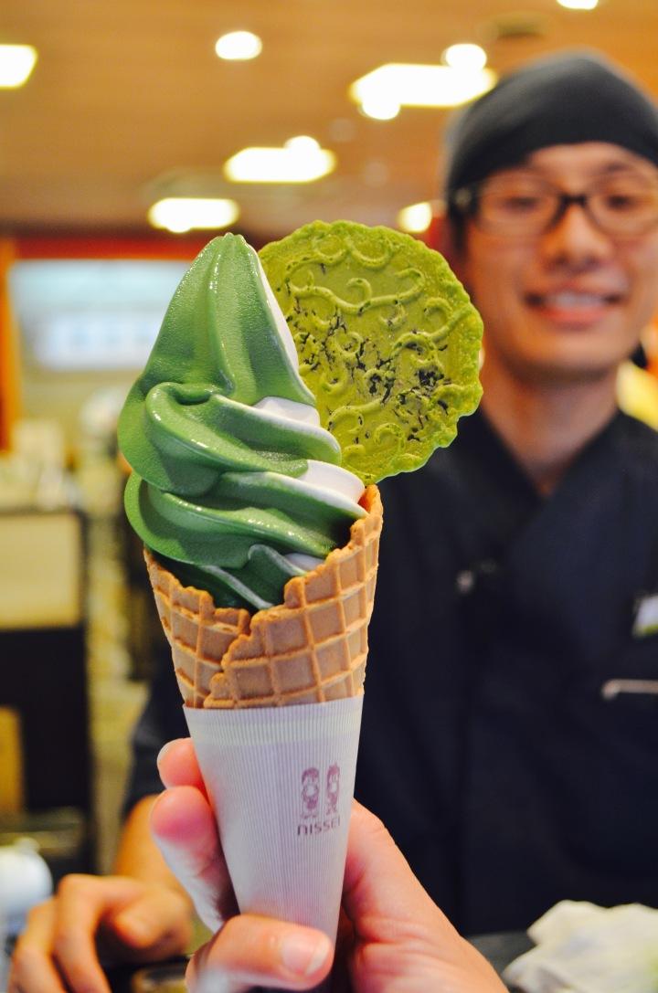 Japon : Kit Kat et glace au thé!